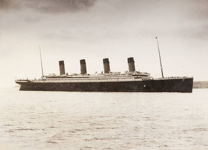 19 creepy pictures from the titanic before it sank タイタニック 旅 写真