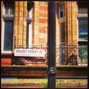 MountStreet an iconic street of London! #mayfair #MountStreet  www.5ivestarlondon.com