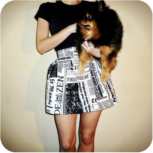 Dare to DIY in English: DIY Project: full pleated skirt (newspaper print)