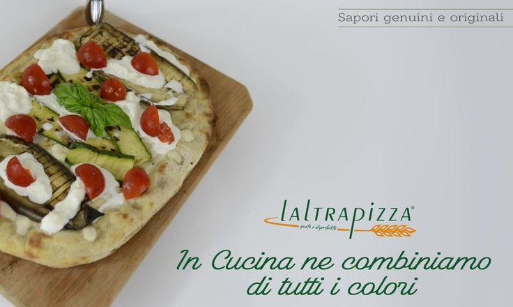 Ne combiniamo di tutti i colori leggera digeribile e gustosa mozzarella pomodorini e zucchine!! Consulta il nostro sito www.altrapizza.it!!
