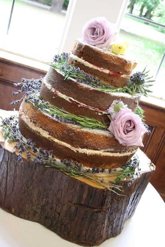 * Wedding Cake Maker * Wedding Cakes * Affordable Wedding Cakes * Kent, London, Wedding Cakes Kent, Sevenoaks, Orpington, Dartford, Tunbridge Wells, Bromley, Maidstone, Gillingham and London - Wedding Cakes in Kent, Essex & Medway   letthemeatcakesuk.com