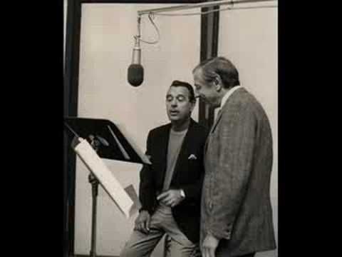 TENNESSEE ERNIE FORD - PRECIOUS MEMORIES... how they flood my soul