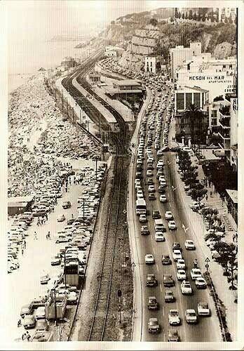 Arenys de Mar un diumenge d'estiu al 1960