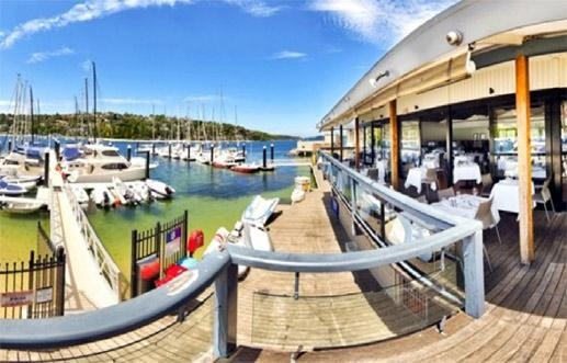 Cala Luna @ the Middle Harbour Yacht Club in Mosman NSW is truely a 5 Star Waterfront Venue with 180 degree views over middle harbour. Put your trust in a family that has been involved in Sydney's restaurant scene for over 45 years. Any event assumes a special distinction – a grand banquet or less formal luncheon, business meeting or conference, private party, dinner or wedding - Cala Luna is the place for it.