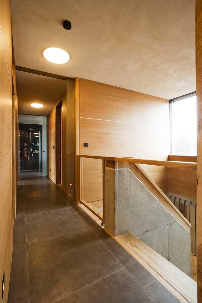 Vila Slivenec - chodba na poschodí