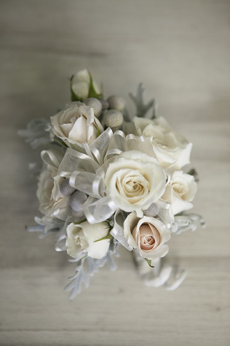 Corsages for Grandmothers and Mothers | White Spray Rose ...