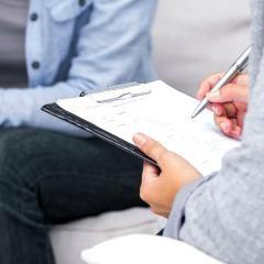 Une psychologue utilisant l'ésotérisme devant le conseil de discipline de l'OPQ (Québec)