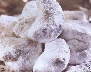 Γεύσεις της Εύβοιας: Kουραμπιέδες ..παραδοσιακοί με τσίπουρο