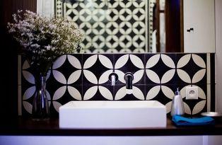 Black & White. Tiles: Purpura. #cementtiles