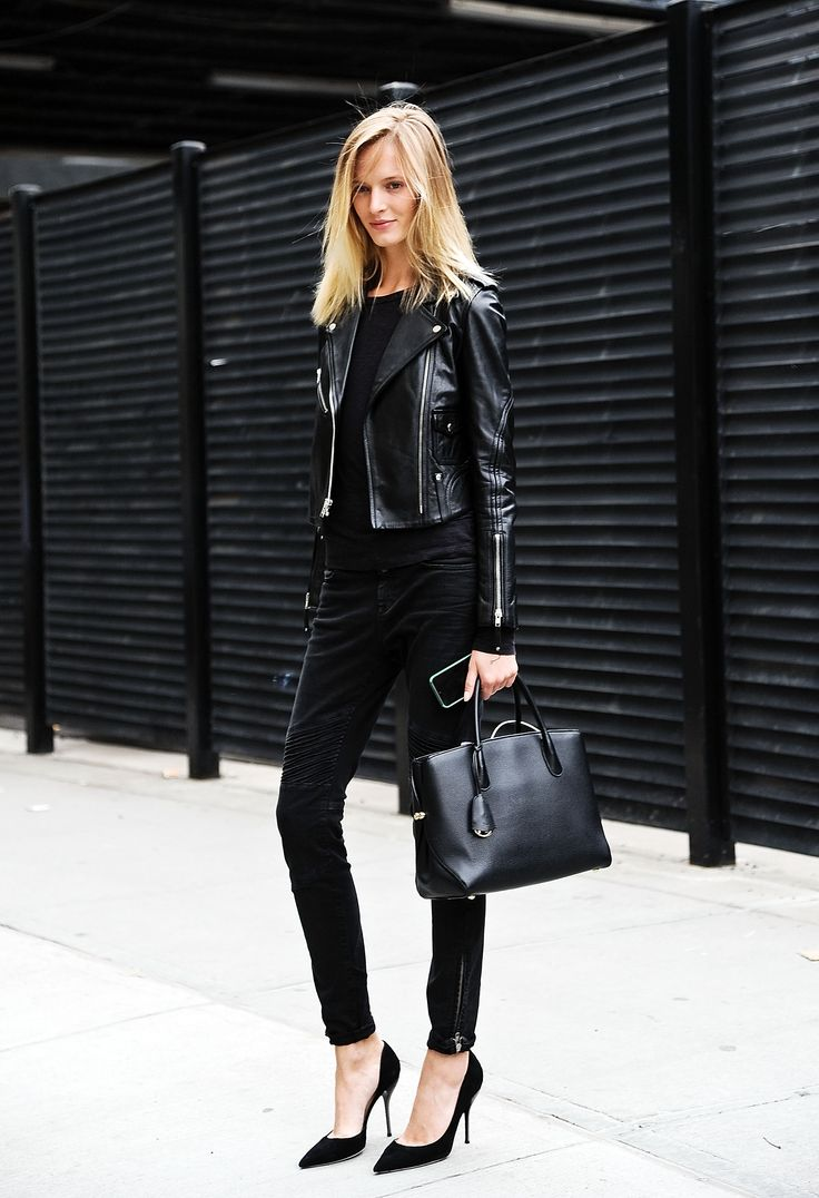 Across the country, New York style is undeniably chic, and now attainable! Here is your guide to dressing like a New Yorker yourself: