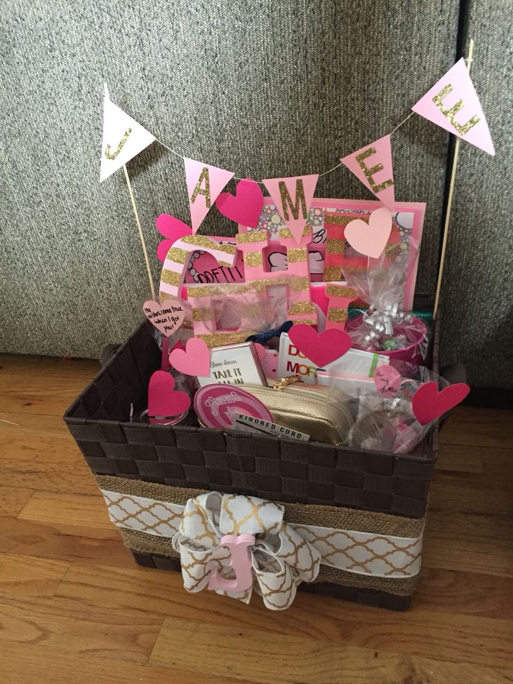 Twin Little gift for Big/Little Reveal: Gift Basket #2 #gammaphibeta #zetamu…