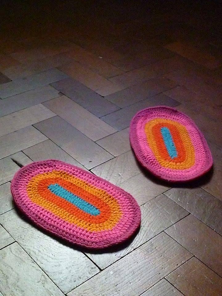 patines de crochet para pisos de madera others pinterest crochet. Black Bedroom Furniture Sets. Home Design Ideas