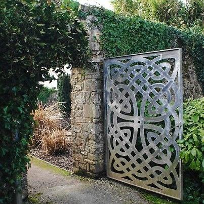 17 best celtic knot images on pinterest for Celtic garden designs