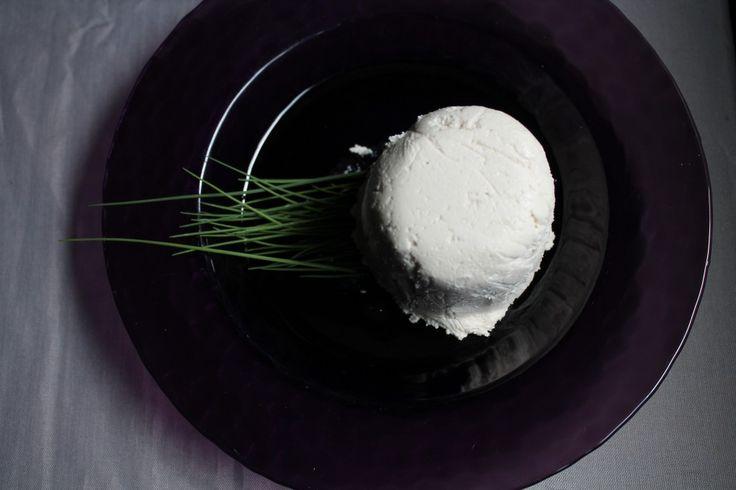 Almond And Chevre Cheese Balls Recipe — Dishmaps