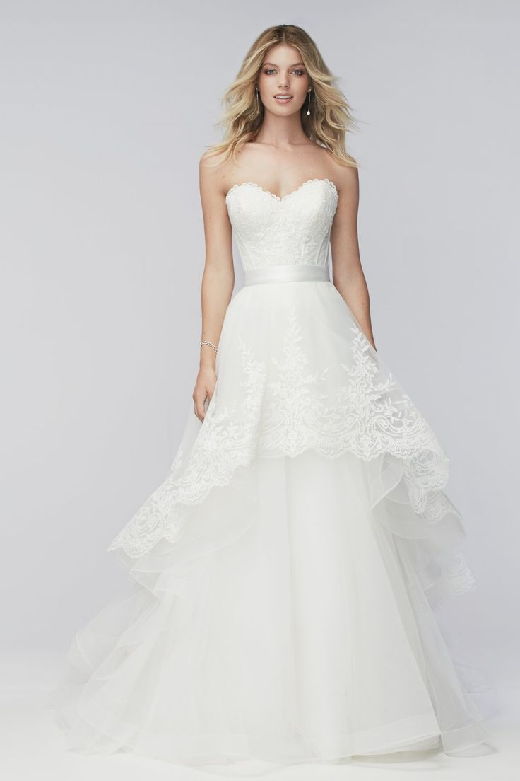 Liz corset and Carmen overlay skirt from Wtoo by Watters is available at Sincerely, The Bride Vancouver, WA Portland Metro #sincerelythebride #oregonbride #nwbride