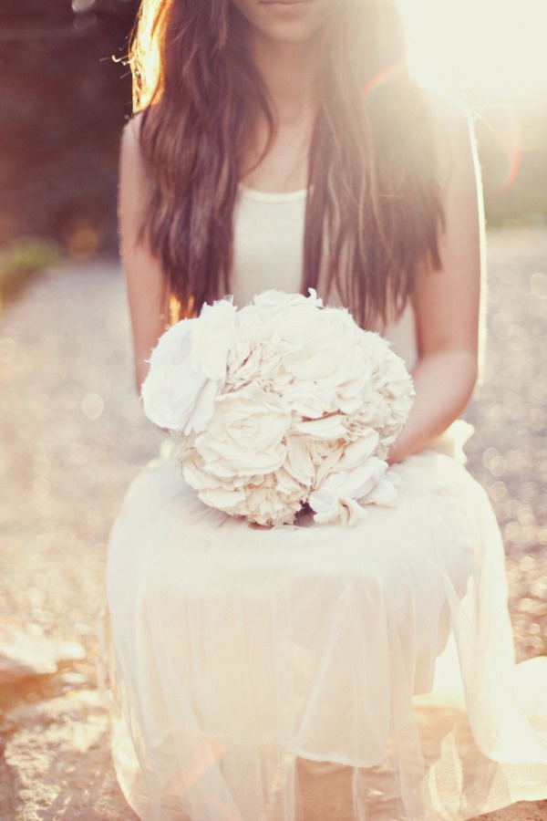 flowersFlower Pictures, Bridal Bouquets, Inspiration, Fabrics Flower, Gallery, Wedding Bouquets, Long Hair, Events Design, Bridal Jewelry