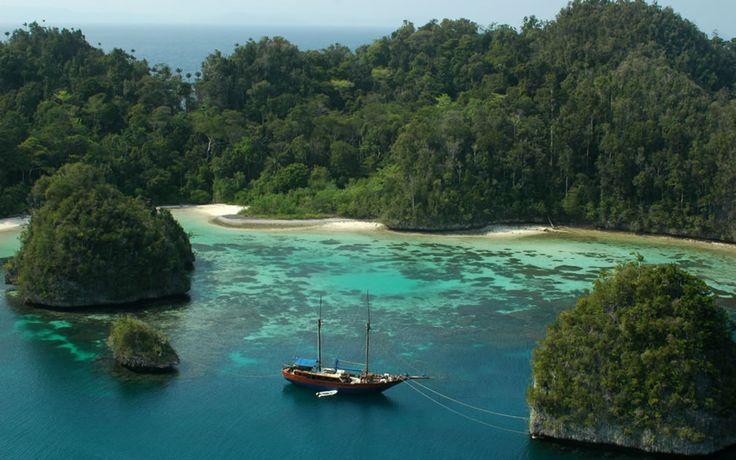Lake Toba, North Sumatra, World's Largest Caldera Lake & the Site of the Toba Supervolcano