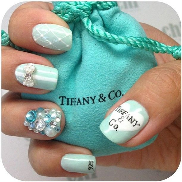 Even if your engagement ring didn't come from Tiffany & Co, you can still get some Tiffany-inspired bling on your hands with this manicure!