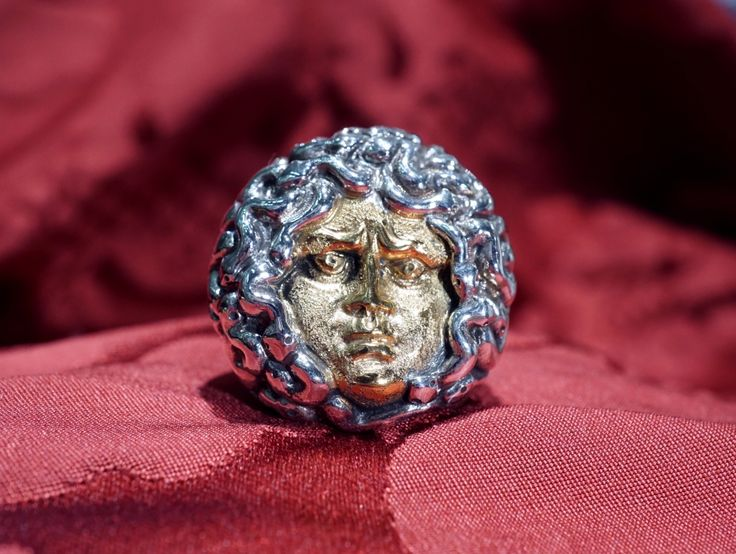 Medusa ring in silver and silver gold plating head, one of a kind hand made unisex ring. Dogale Jewellery Venice Italy.