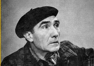 """Central figure in the neo-realism, Alves Redol (1911-1969) was the author of a vast fictional work. Engaged in the struggle of resistance to the Salazar regime, understood literature as a social intervention and, in the same year, came his first novel, """"Gaibéus"""", whose subject, related to socio-economic problems, did this work the emergence's marker of neo-realism. His literature is not characterized by writing fictional stories, but essentially by the approach of social reality and…"""