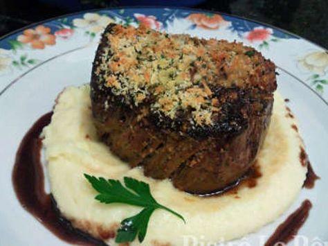 Receita Prato Principal : Filé mignon na crosta de ervas, aligot e redução de… …