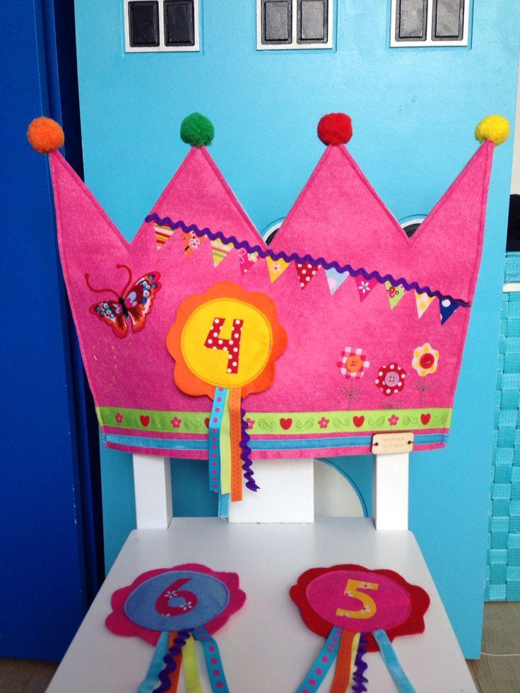 Verjaardagstroon meisjeskant. Voor de juf gemaakt.