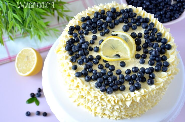 Tort cytrynowo jagodowy