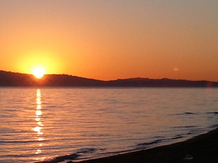 Alameda beach at sunset, looking towards SF on a warm winter day