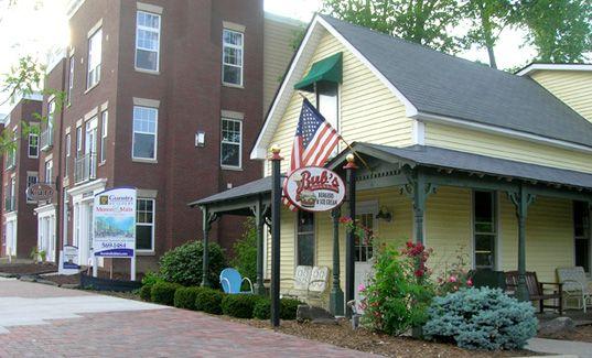 CARMEL, ZIONSVILLE, & BLOOMINGTON, Indiana - Bub's Burgers & Ice Cream
