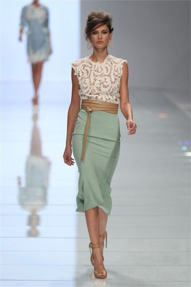 Love the colours: Outfits, Colors Combos, Mint Green, Lace Tops, Mint Skirts, Milan Fashion Week, Pencil Skirts, Ermanno Scervino, Belts