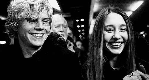 Gallery Evan Peters And Taissa Farmiga