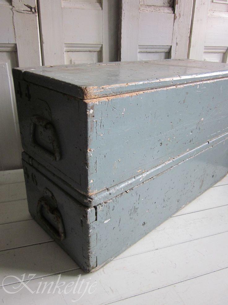Oude houten gereedschapskisten
