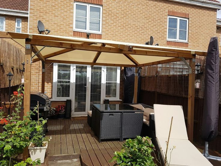 paul had a decked area in his garden but wasnu0027t sure how to use