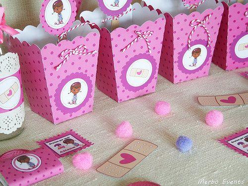 cajitas palomitas  kit imprimible doctora juguetes Merbo Events