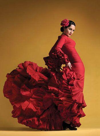 Flamenco dresses and dance <3                                                                                                                                                                                 More