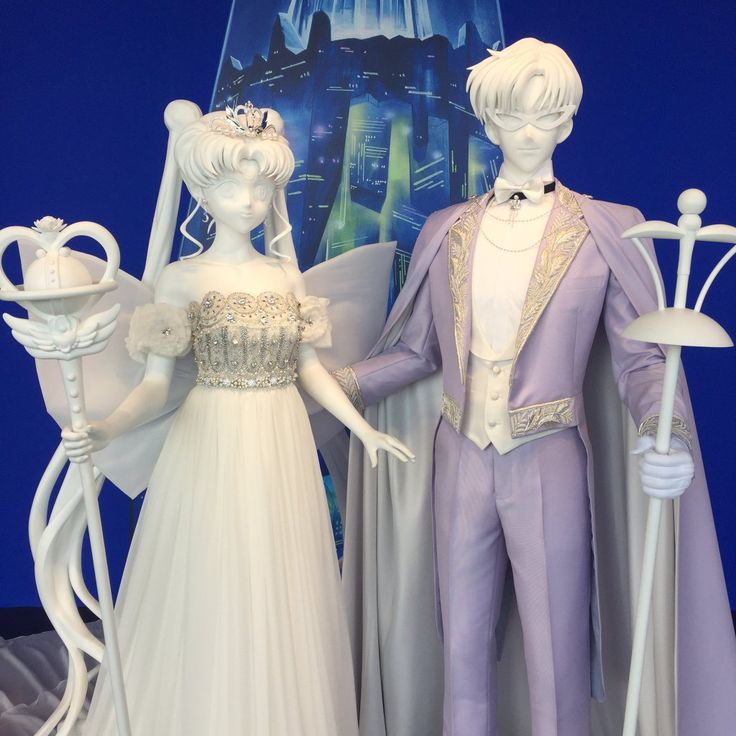 """idesofnovember: """"ainomessage: """"Closeup of the Neo Queen Serenity and King Endymion display from the Art Exhibition. Pieces made by wedding dress designer Les Noces. (Source) """" I did not realize Les..."""