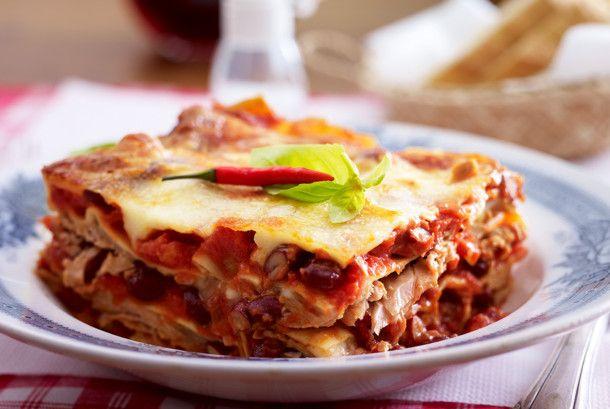 Unser beliebtes Rezept für Lasagne all'arrabbiata mit Thunfisch und mehr als 55.000 weitere kostenlose Rezepte auf LECKER.de.