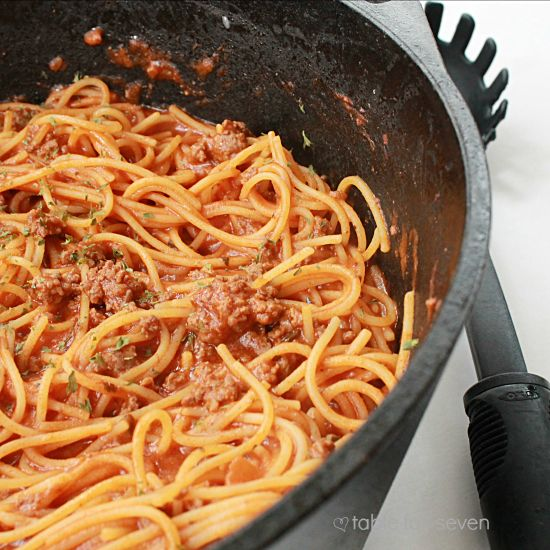 table for seven: One Pot Spaghetti
