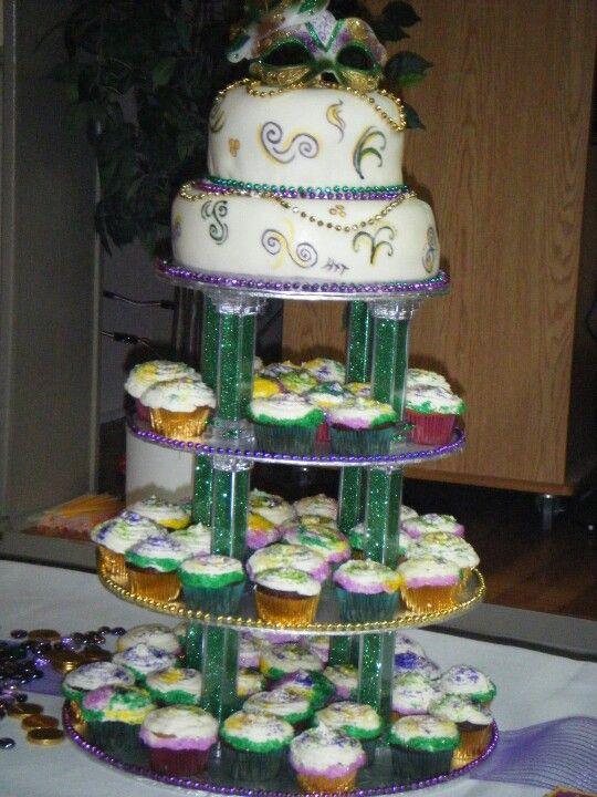 Mardis Gras Pop Up Cake