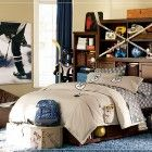 Awesome and Cool Teen Room for Boys: Sporty Teen Boys Room Design with Hockey Stick – Home Design Ideas