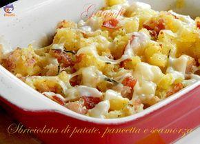 Sbriciolata di patate pancetta e scamorza, saporito secondo piatto, molto semplice da preparare.