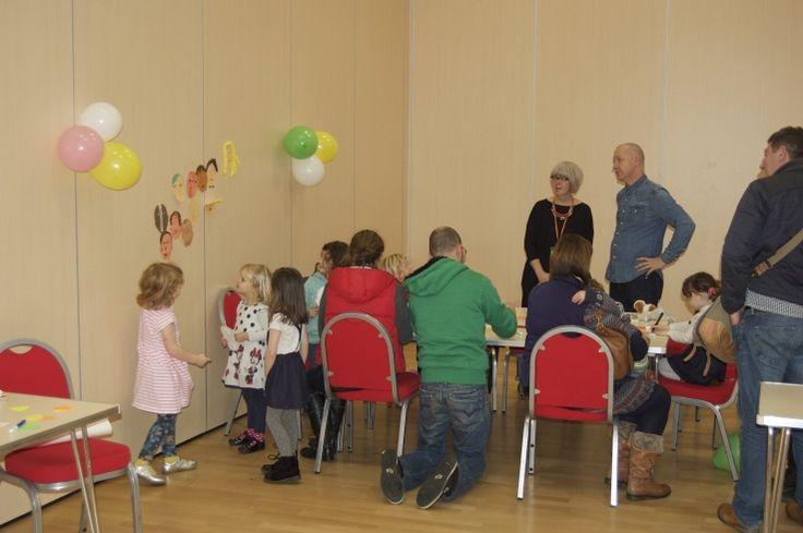 Hub Cafe's 1st birthday party Craft - CringlefordHub