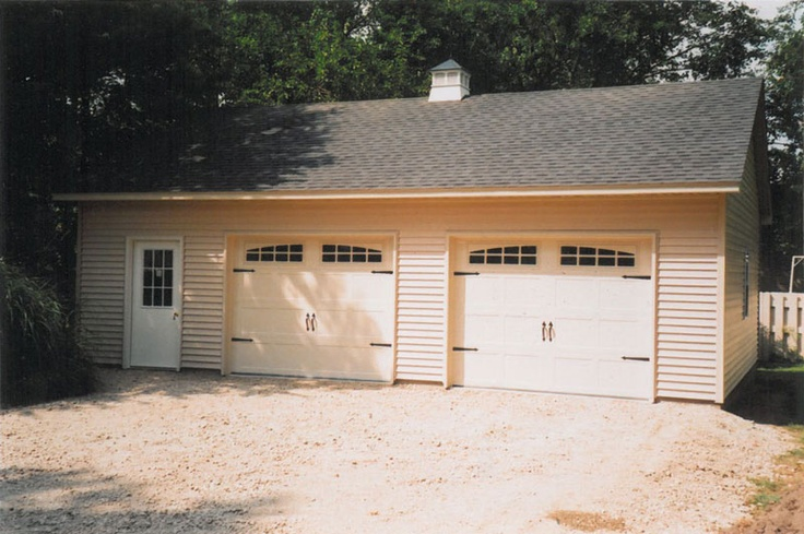 J0279 24' x 32' Reverse Gable Roof Garage with 4/12