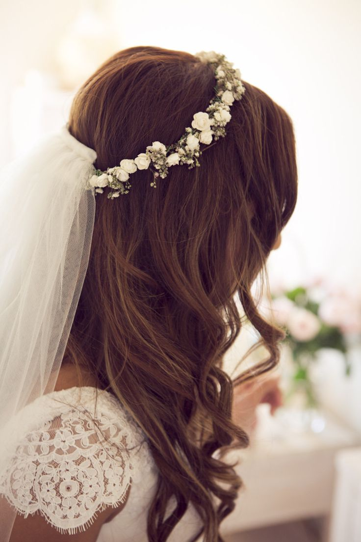 Bridal waves with flower crown