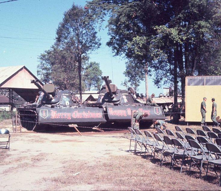 "M48A3 Dozer , 1st Engineer Battalion , 1st Infantry Division ""Big Red One"" Vietnam"