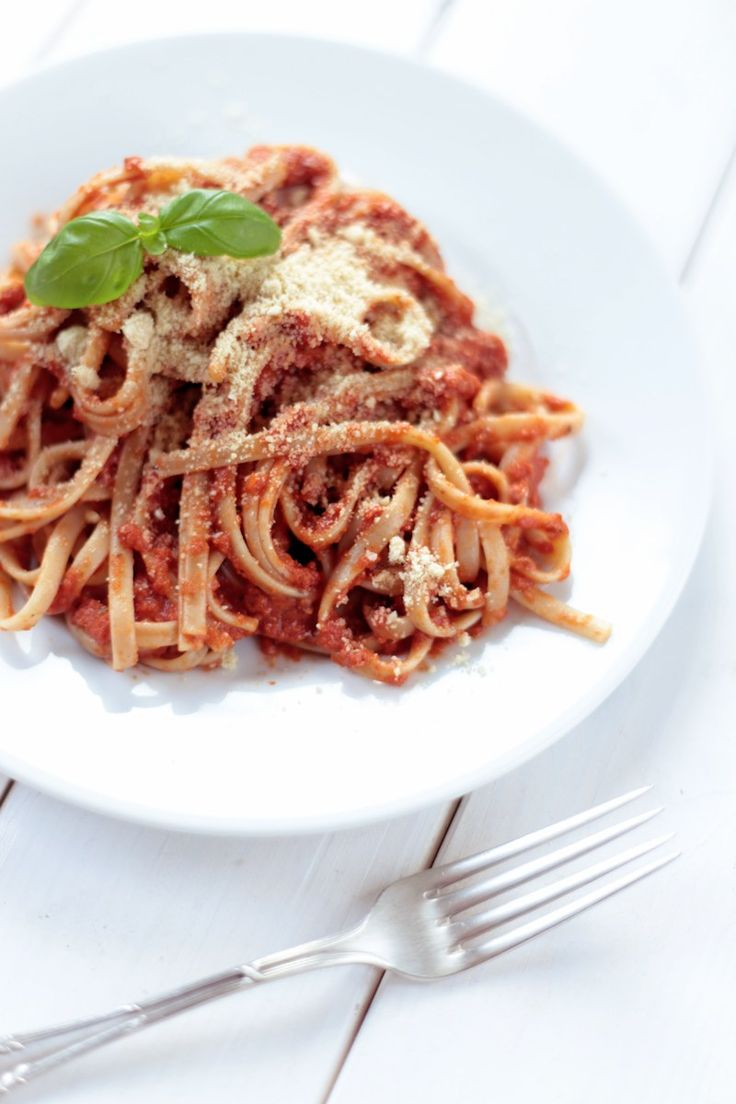 The Best Tomato Sauce for Pasta with Vegan Parmesan