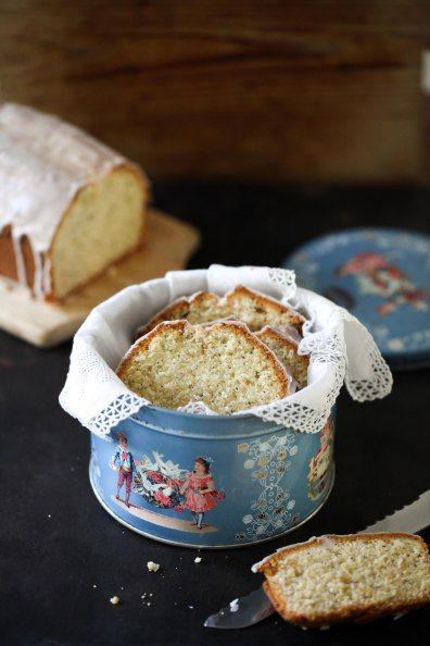 Zuckerzimtundliebe bakken recept poppy marsepein taart doos taart spons keukens