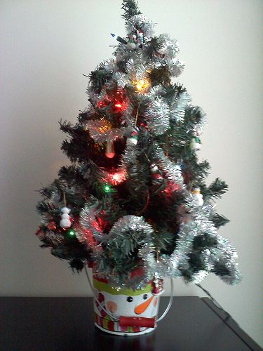 21 best images about mini tabletop christmas trees on for Small decorated christmas trees