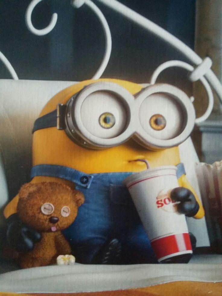 Minion Bob enjoying movie night