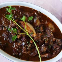 Photo de recette : Bœuf bourguignon facile, aux échalotes